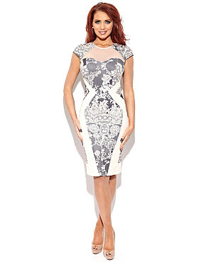 Amy Childs  Kitty Lace Bodycon Dress - BANK Fashion from bankfashion.co.uk