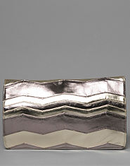 Bank Zig Zag Clutch Bag